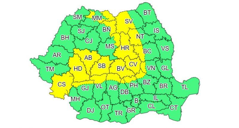 Alertă meteo - COD GALBEN: Ninsori viscolite la munte, vremea se răceşte în toată ţara