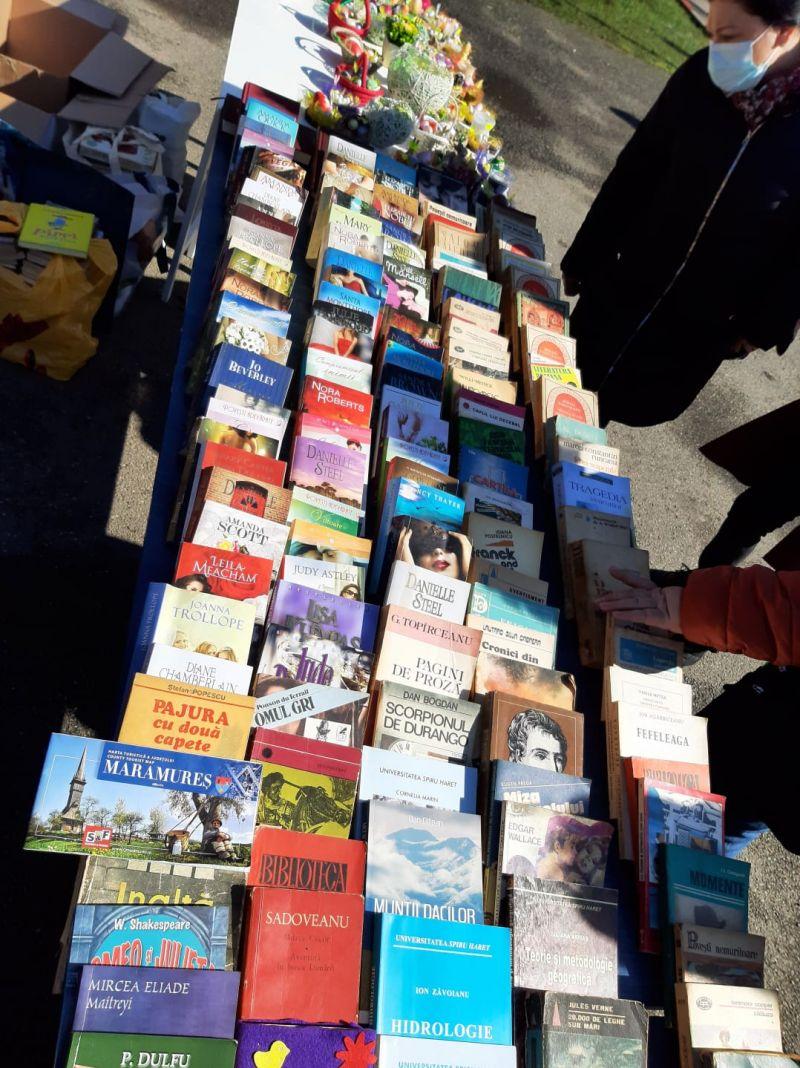 SIGHET - TÂRG DE CARTE ÎN SCOP CARITABIL, cu ocazia Zilei Internaționale a Cărții